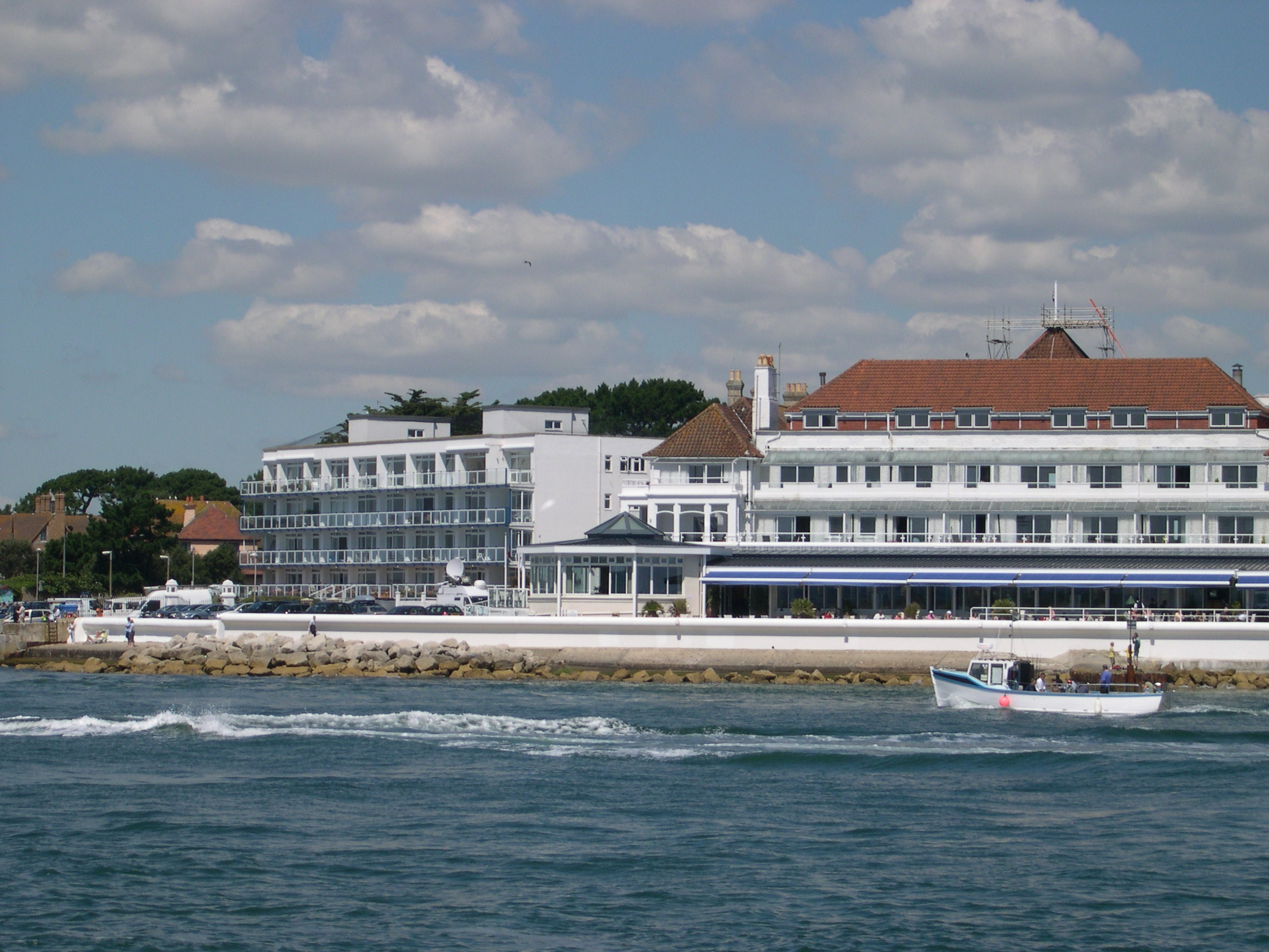 Dog Friendly Hotels In Sandbanks Dorset